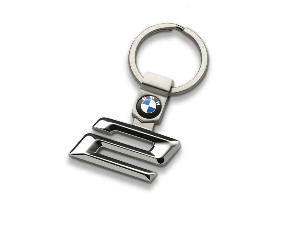 BMW 2er die beste Alarmanlage Nachrüstung in Berlin für den besten Schutz vor Einbruch und Diebstahl , GPS Ortung, Anruf bei Alarm